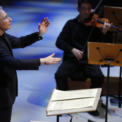 19. Michael Tilson Thomas conducts 'The Seasons' in the New World Symphony's John Cage festival - photo by Rui Dias-Aidos