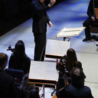 20. Michael Tilson Thomas conducts 'The Seasons' in the New World Symphony's John Cage festival - photo by Rui Dias-Aidos