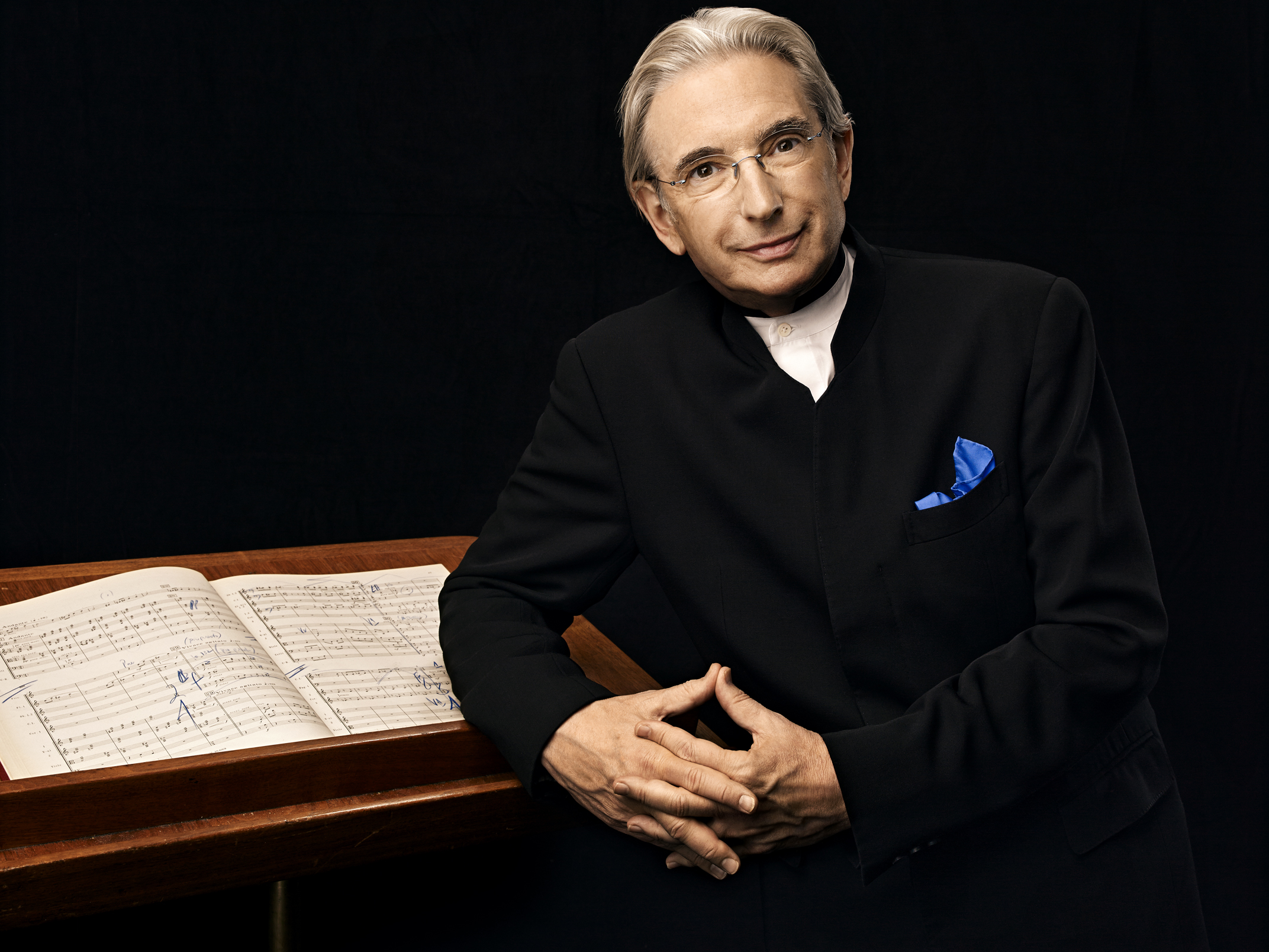 Michael Tilson Thomas. Photo by Art Streiber